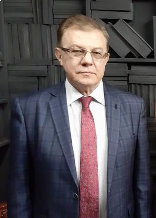 економіст Володимир Лановий